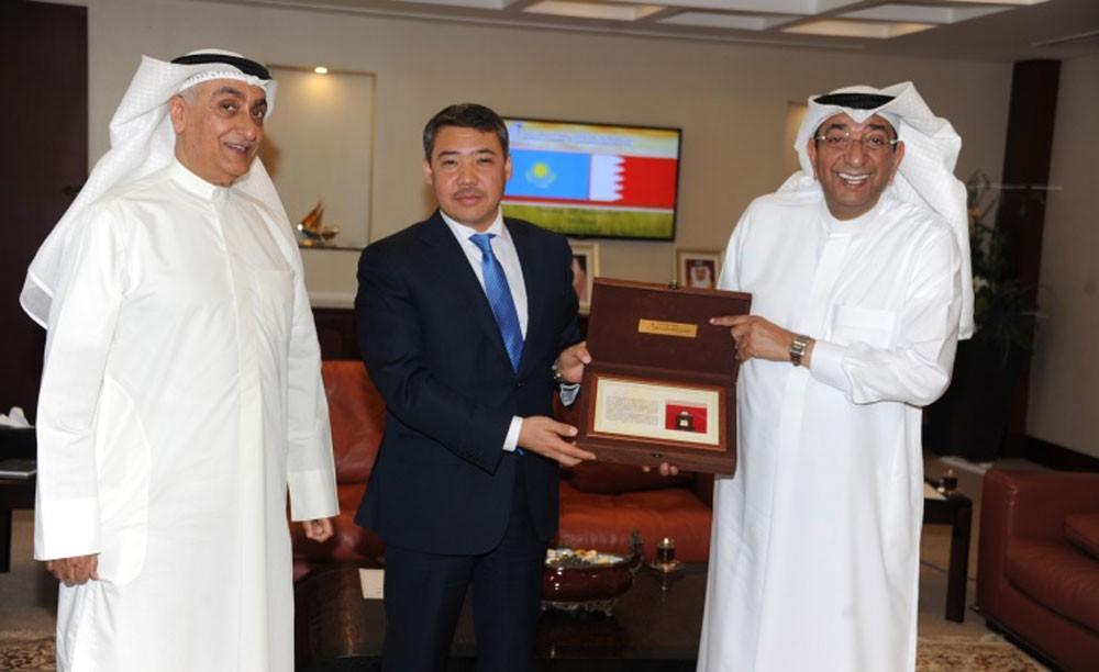 رئيس الغرفة يستقبل سفير كازاخستان بمناسبة انتهاء فترة عمله