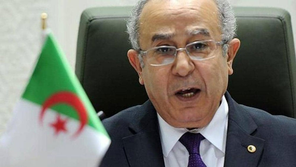 العمامرة: الشعب الجزائري طلب تغيير النظام وذاك ما سنفعله