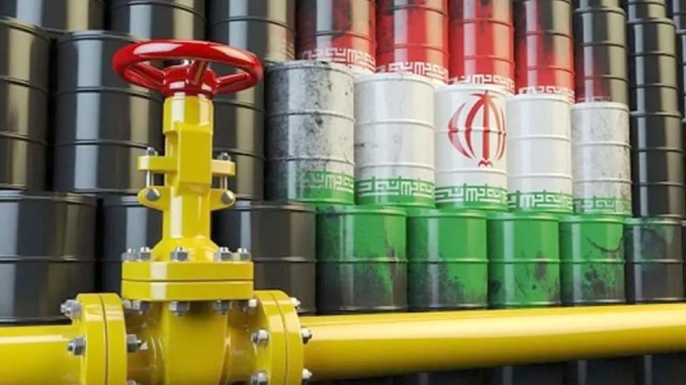 """موفد أوروبي في طهران.. """"النفط مقابل الغذاء"""""""