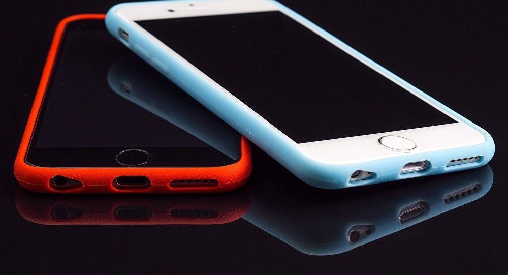 خطة غير تقليدية للشفاء من إدمان الهاتف... اشتر هاتفا آخر
