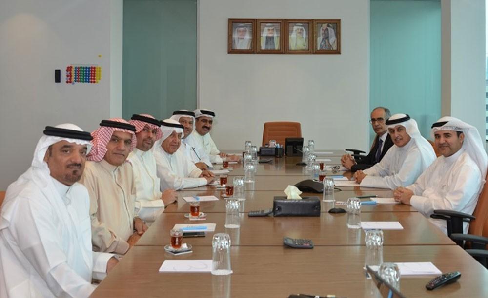وزير الصناعة يشيد بدور جمعية رجال الأعمال البحرينية