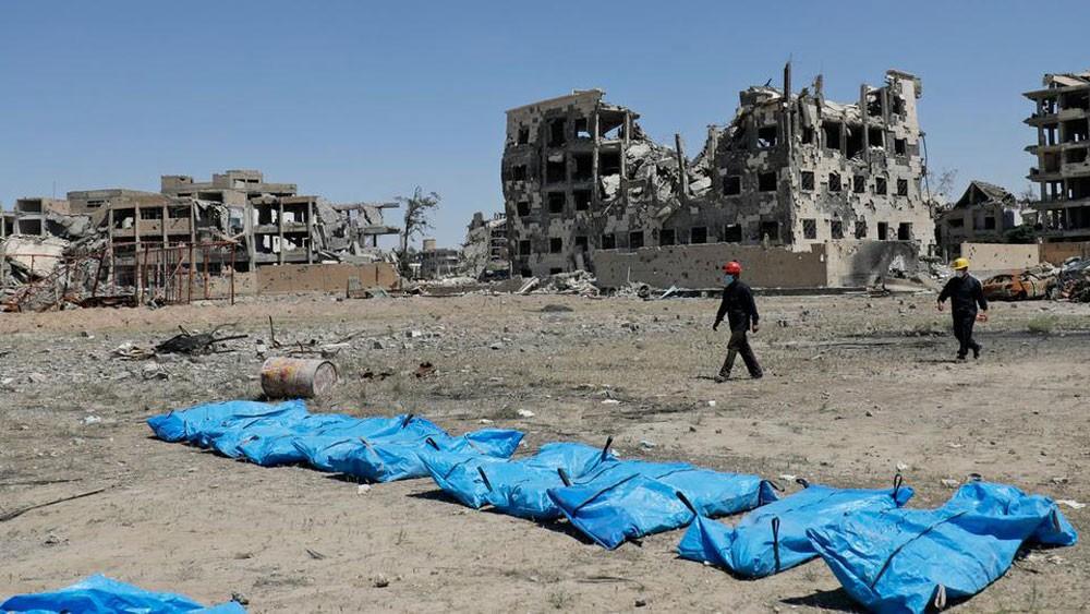 أكثر من 370 ألف قتيل حصيلة الحرب في سوريا