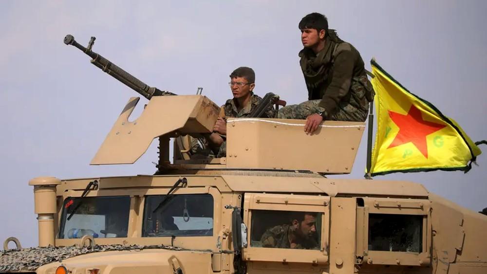"""الباغوز.. استمرار الاشتباكات وتعزيزات عسكرية لـ""""قسد"""""""