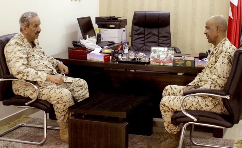 معالي القائد العام يقوم بزيارة تفقدية إلى إحدى وحدات قوة دفاع البحرين