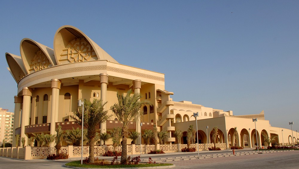 """""""عيسى الثقافي"""" يقيم اللقاء الـ15 من """"منتدى البحرين للكتاب"""""""
