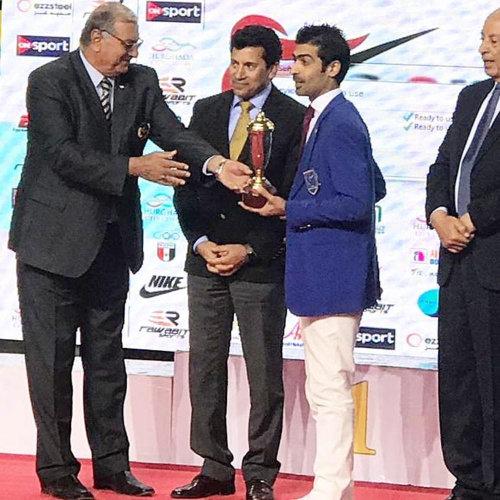 الدولي بن جمال يحصد جائزة أفضل حكم في بطولة مصر الدولية للتايكوندو