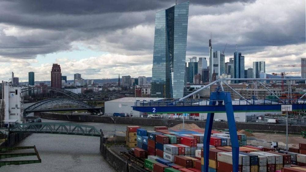 الاتحاد الأوروبي.. فائض تجاري مع أميركا وعجز مع الصين