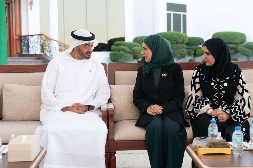 محمد بن زايد: أثبتت المرأة البحرينية دورها البارز في التطوير والتنمية