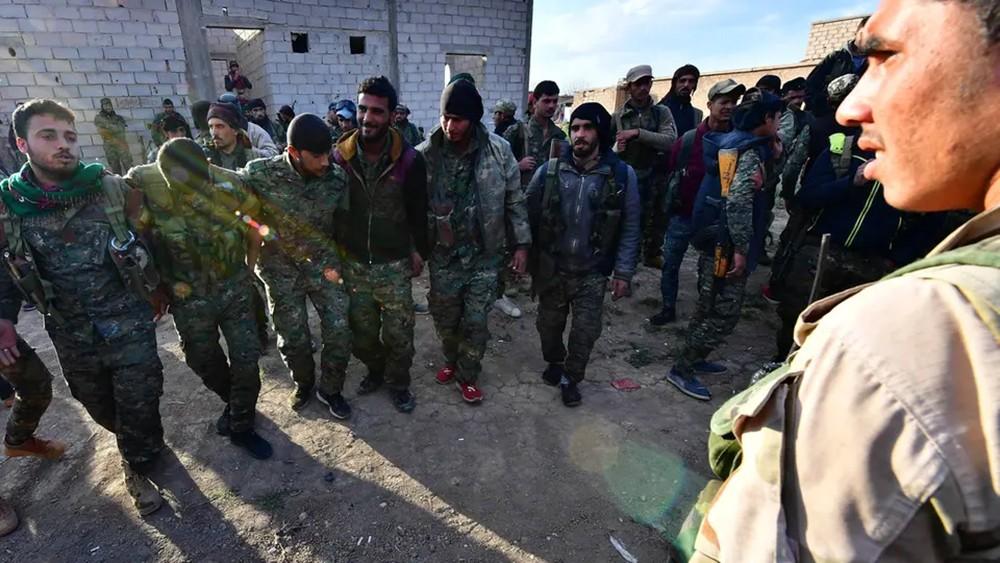 قسد تكذب تقارير عن هزيمة داعش في الباغوز