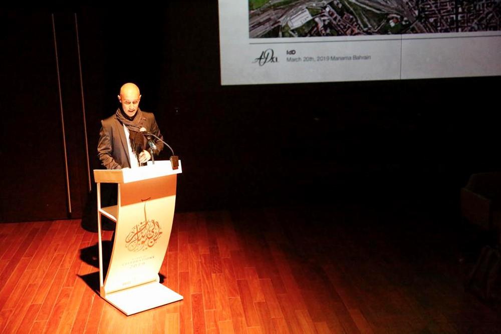جلسة حوارية مع المعماري أندريّا ديزيموني احتفاءً بأسبوع التصميم الإيطالي
