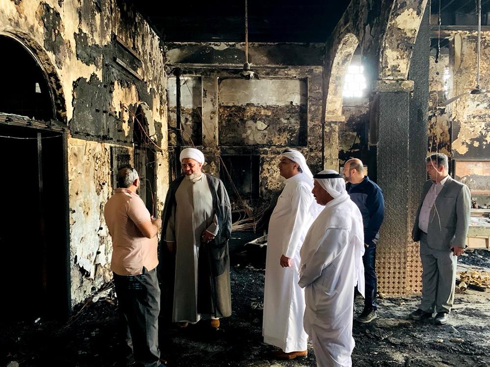 رئيس الاوقاف الجعفرية والنائب ممدوح الصالح يتفقدان مأتم الديه الشرقي بعد تعرضه لحريق