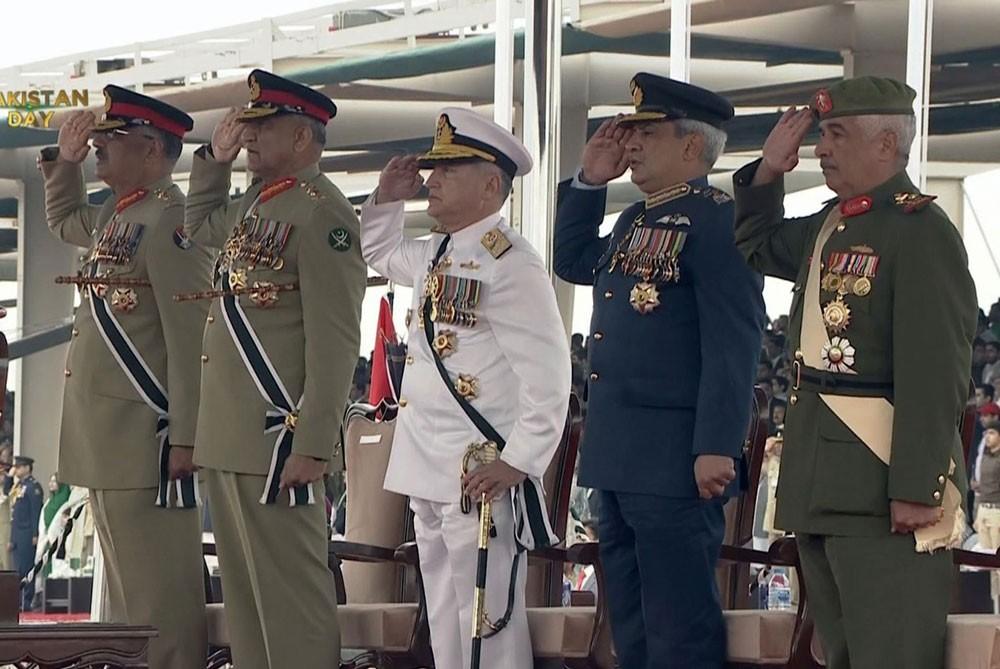 سمو رئيس الحرس الوطني يشهد الاحتفال بيوم باكستان