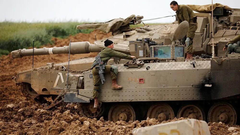 قصف إسرائيلي لموقعين تابعين لحماس جنوب غزة