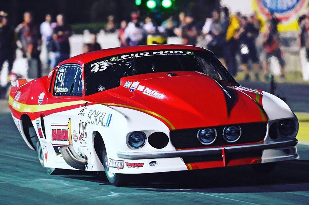 """""""بحرين ون"""" يحقق أسرع زمن في تاريخ بطولة العالم NHRA للسيارات"""