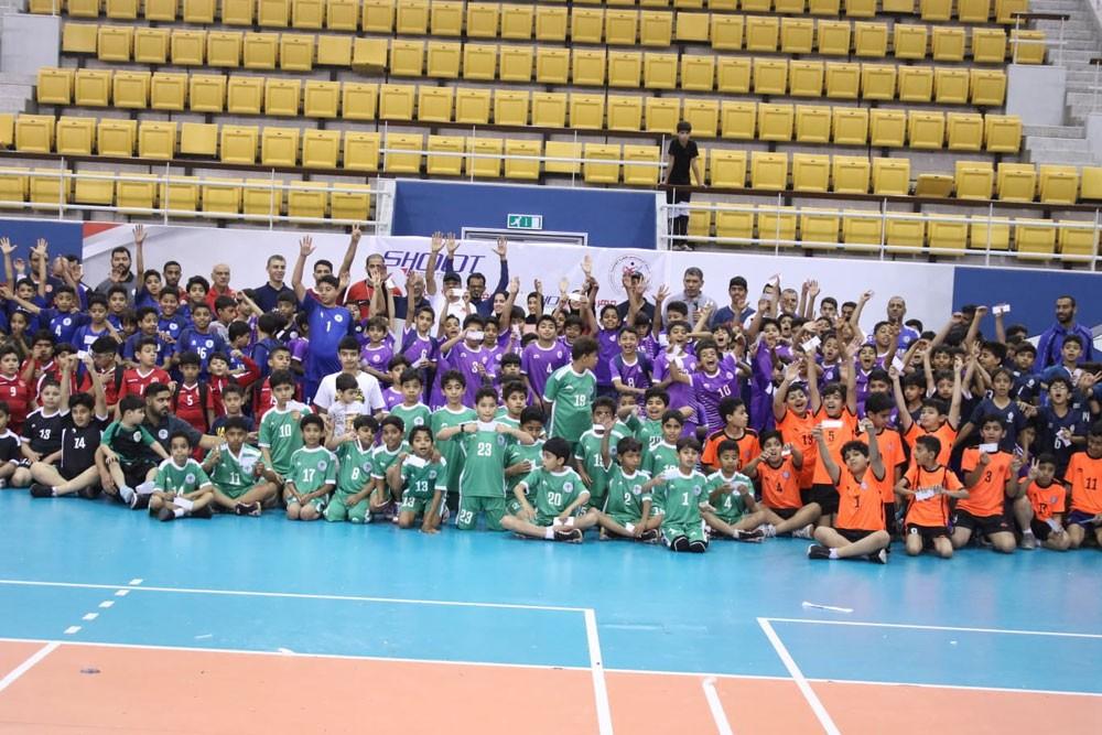 221 لاعبا يشاركون في مهرجان شووت لصغار الكرة الطائرة