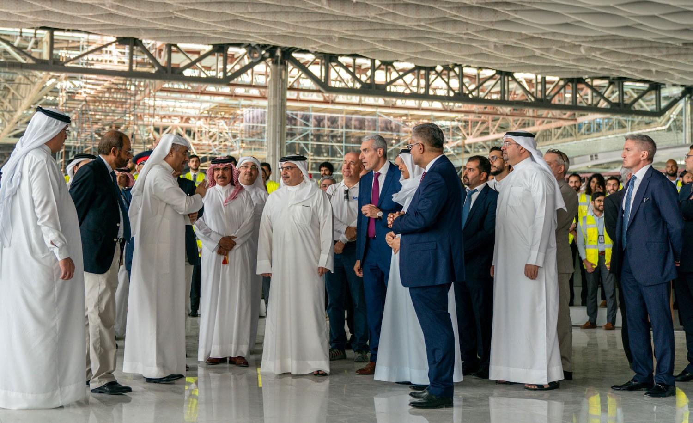 سمو ولي العهد: توسعة المطار سيعزز من دور القطاع اللوجستي