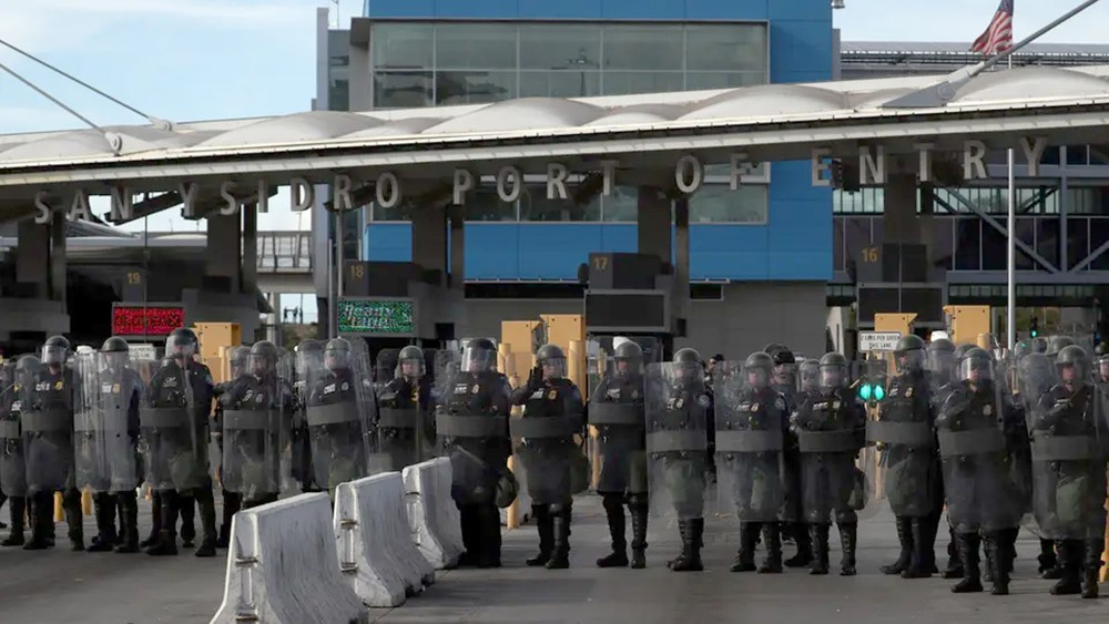 أميركا تهدد من جديد بإغلاق الحدود مع المكسيك