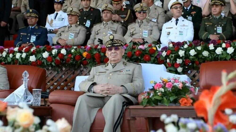 الدفاع الجزائرية توضح: خبر إقالة رئيس الأركان غير صحيح