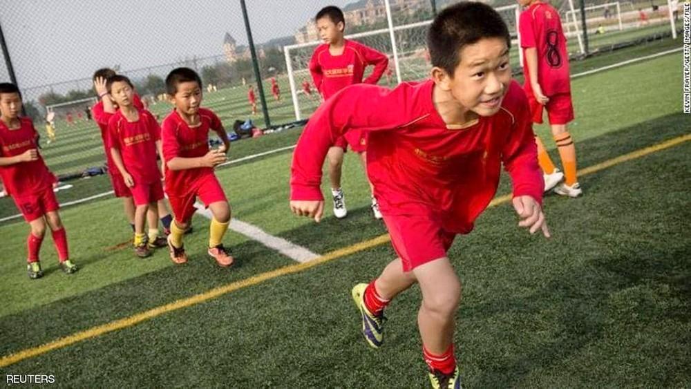 الصين تبحث عن لاعبي كرة القدم في.. رياض الأطفال