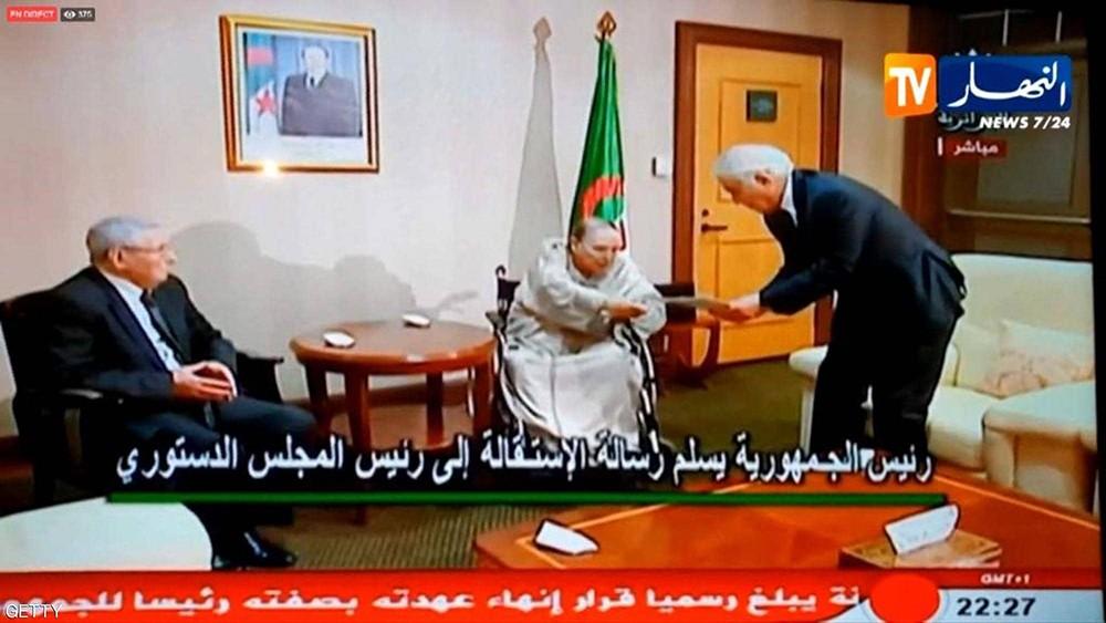 فرنسا: نثق في قدرة الجزائريين على الانتقال الديمقراطي