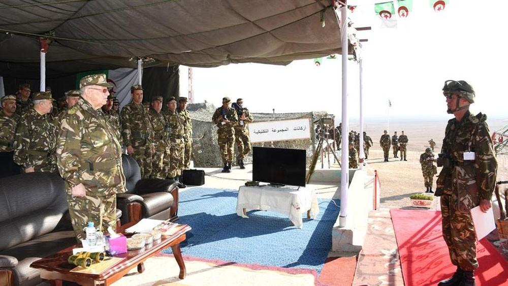 رئيس الأركان الجزائري: الجيش سيعمل لضمان تحقيق السلام للشعب
