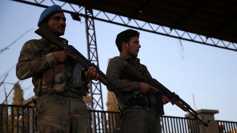 انفجار يضرب مقراً للجيش التركي في شمال سوريا