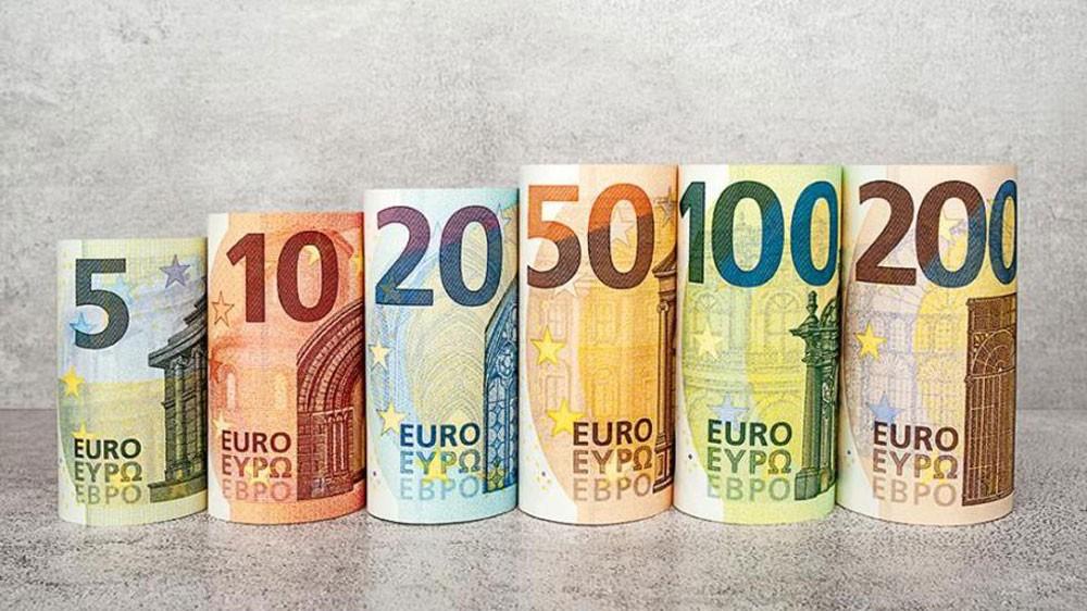 اليورو يستقر بعد قرار المركزي الأوروبي والاسترليني لا يتأثر بتأجيل الانفصال