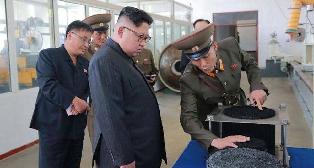 """زعيم كوريا الشمالية يطالب بـ""""ضربة قوية"""" لدول العقوبات"""