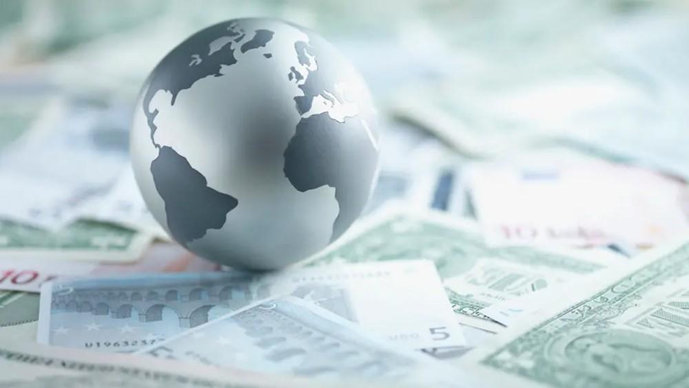 البريكست والحرب التجارية.. مخاطر تهدد النمو العالمي