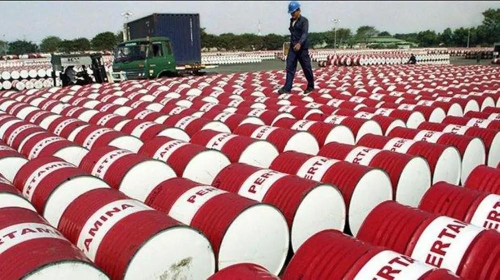 وزير المالية الروسي: برميل النفط قد يهوي لـ40 دولارا