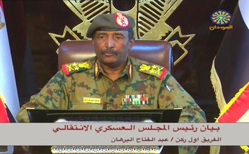 السودان.. المجلس العسكري يؤيد رئاسة شخصية مستقلة للحكومة