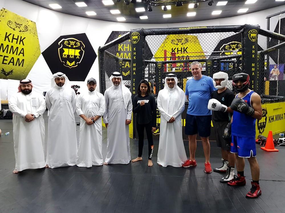 رئيس BMMAF يزور تدريبات منتخبي الملاكمة وفنون القتال المختلطة قبل المشاركة الاسيوية