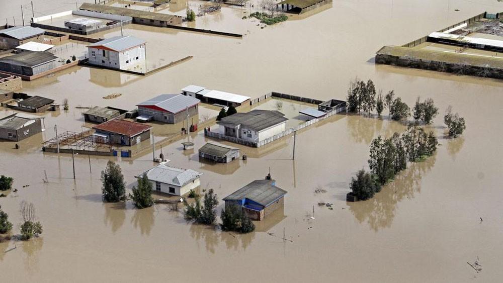 خامنئي يرفض إغاثة ضحايا الفيضانات من صندوق التنمية