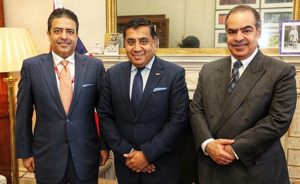 اللورد طارق أحمد يستقبل سفير البحرين في لندن ورئيس سوق الـعمل