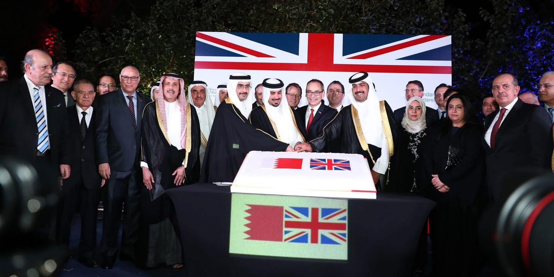 خليفة بن راشد وخليفة بن علي يحضران حفل سفارة المملكة المتحدة