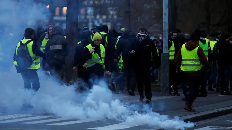 فرنسا تترقب احتجاجاً جديداً للسترات الصفراء