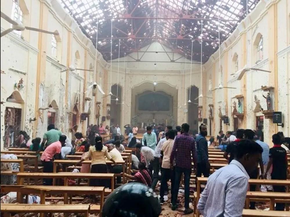 سريلانكا.. مقتل 156 وإصابة المئات في تفجيرات بكنائس وفنادق