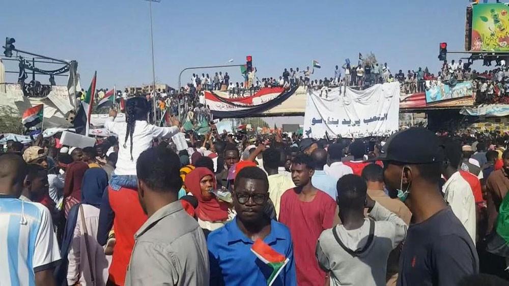 جماعات المعارضة تعلق التعاون مع المجلس العسكري السوداني