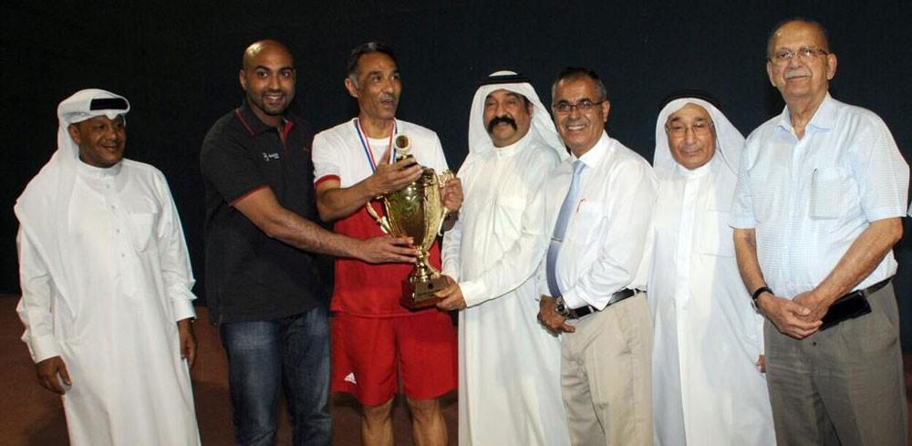 فريق نادي البحرين للتنس يتصدر المجموعة ويحلق بالمركز الأول