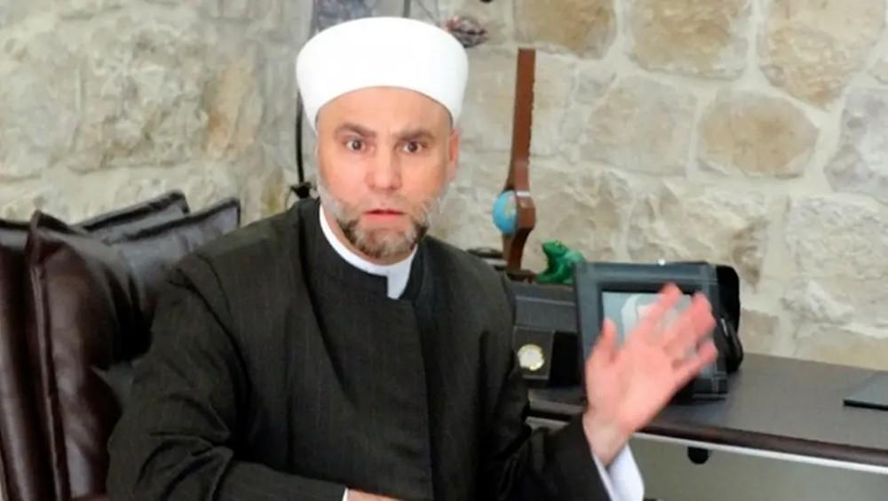 """إعفاء خطيب المسجد الأموي بدمشق.. والسبب """"رحلة ترفيهية"""""""