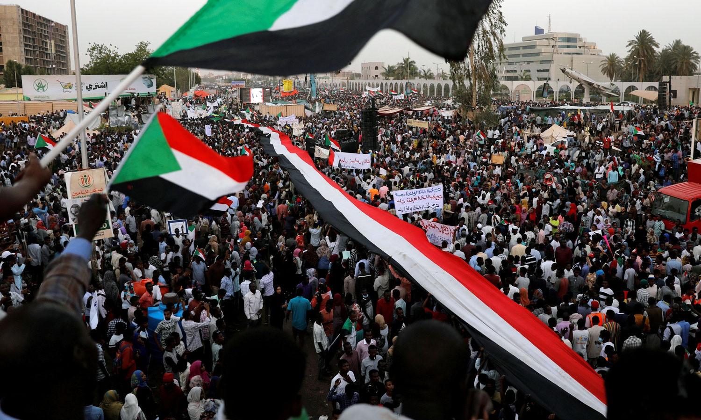 المجلس العسكري السوداني: مستعدون لتسليم السلطة بشرط