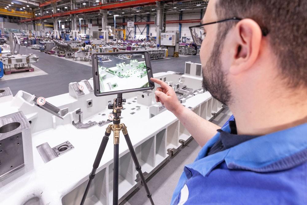 الاعتماد على تقنيات الواقع الافتراضي في  BMW