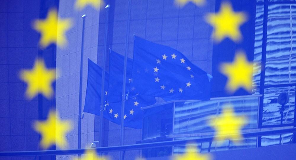 إيطاليا واليونان تغرقان في الديون فهل تغادران الاتحاد الأوروبي