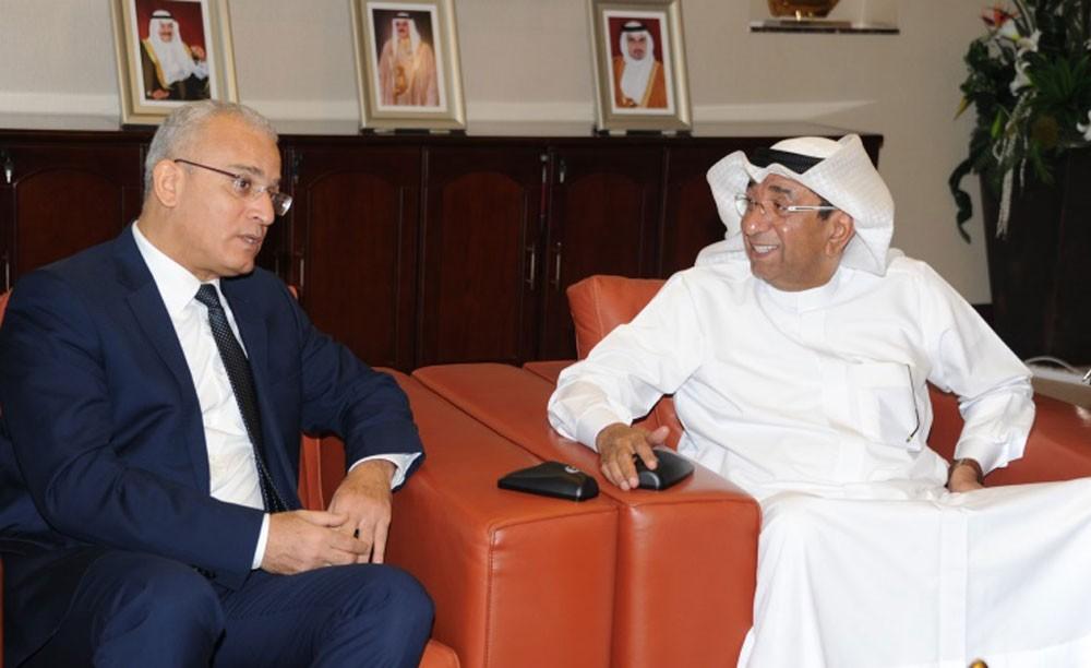 رئيس الغرفة يبحث مع السفير التونسي تنشيط التجارة والسياحة