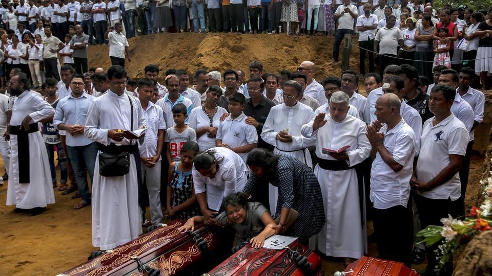 """بعد مجزرة العيد.. لا """"نقاب"""" في سريلانكا"""