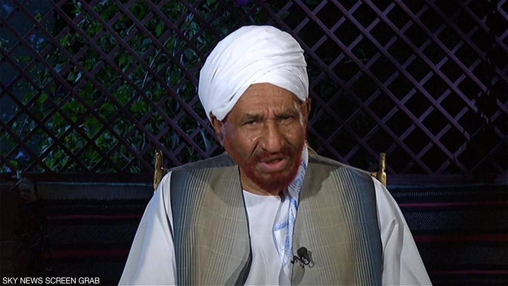 المهدي يدعو متظاهري السودان إلى عدم استفزاز الجيش