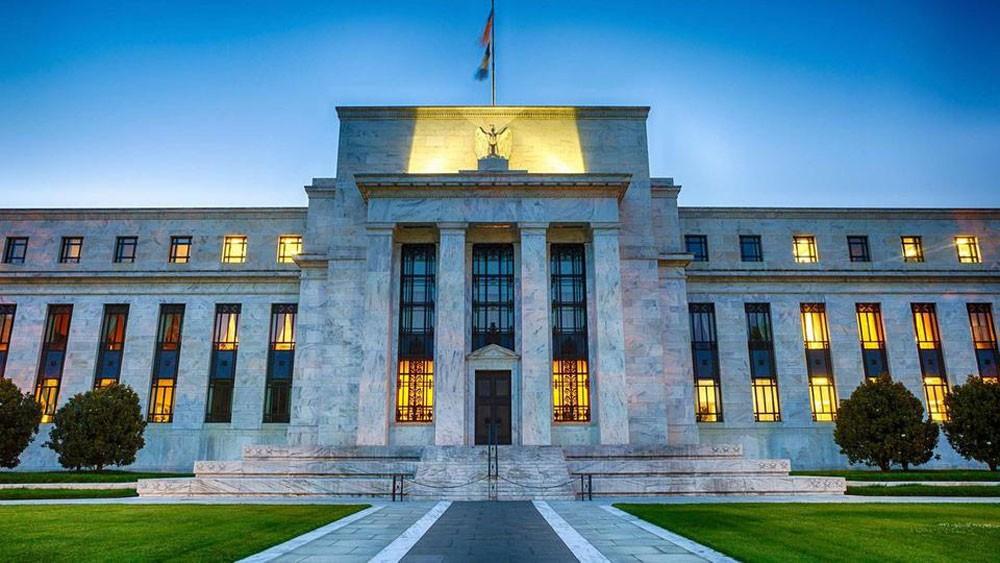 """""""الفدرالي الأميركي"""" يثبت أسعار الفائدة دون تغيير"""