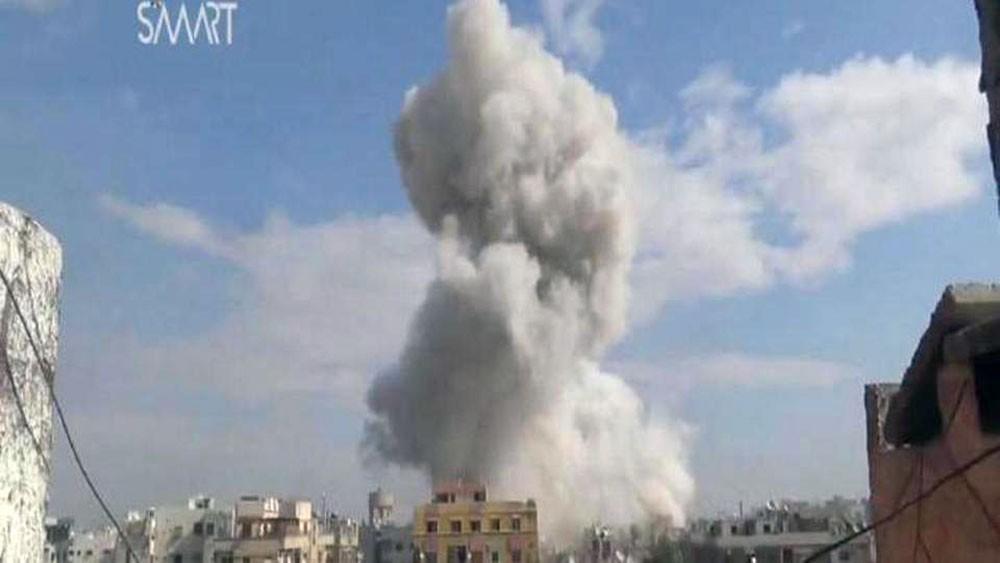 قوات روسية وسورية تصعد هجماتها في شمال غربي سوريا