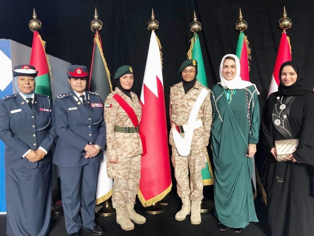 الأنصاري تشارك بحفل تكريم شرطيات بحرينيات