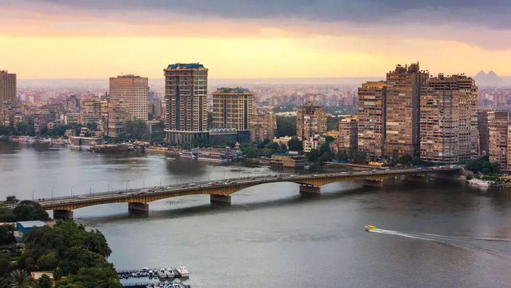 القطاع الخاص في مصر يسجل نمواً لأول مرة منذ 8 أشهر
